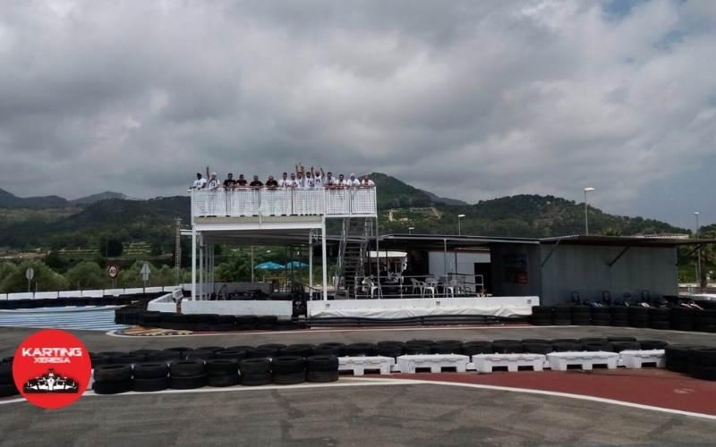 Grada visitantes en Karting Xeresa
